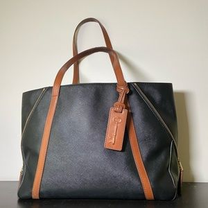 EUC Fossil   Black Leather Ava Shopper